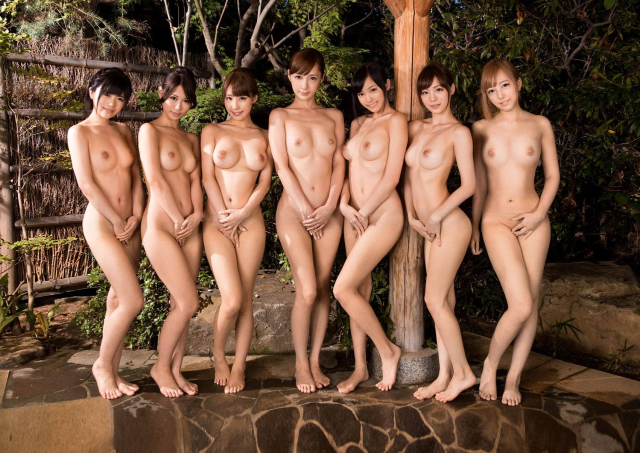 Naked young women japanese